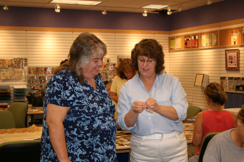 Store_10_open_house16