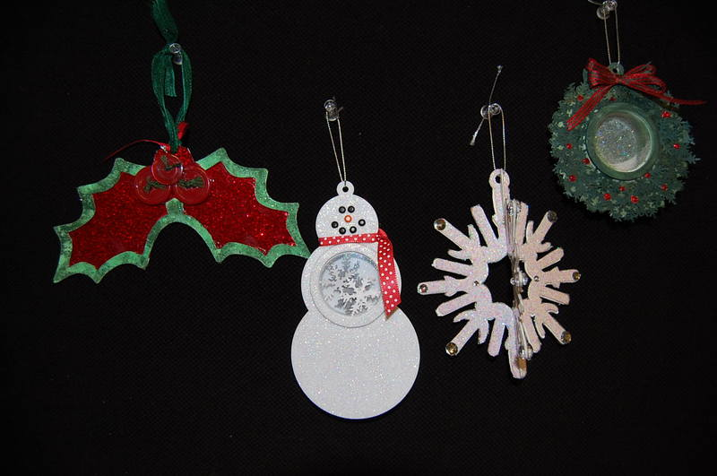 Shadow_box_ornaments_3b