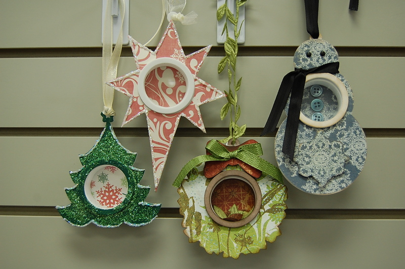 Shadow_box_ornaments_42