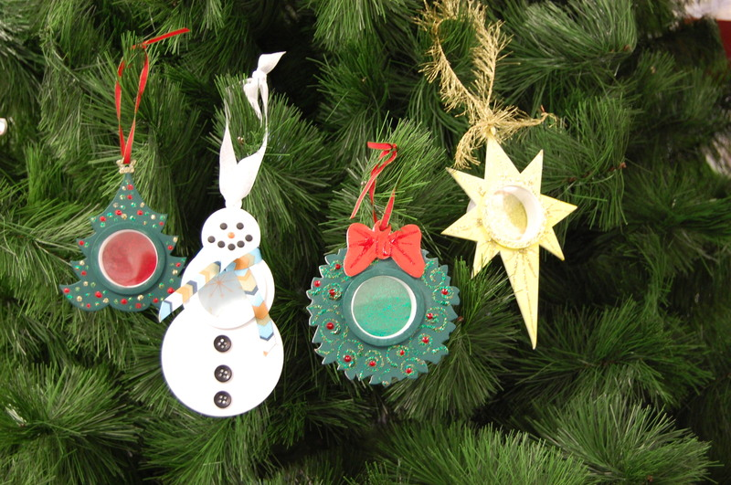 Shadow_box_ornaments_46